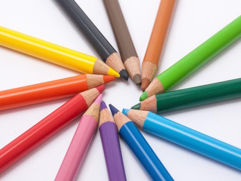 colored-pencils-374127-1024x682